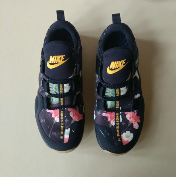 Nike Shoes   Tech Trainer Antonio Brown